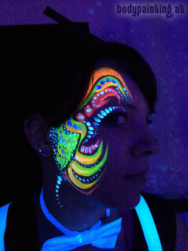 uv-bodypainting_neonparty_025