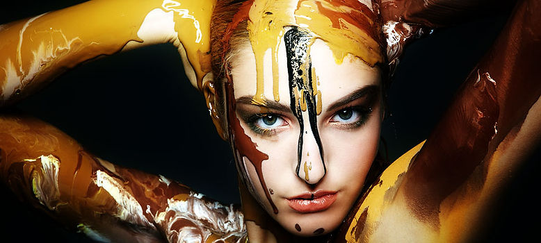 Mike Shane | Bodypainting | Action Painting | Austria's next Topmodel