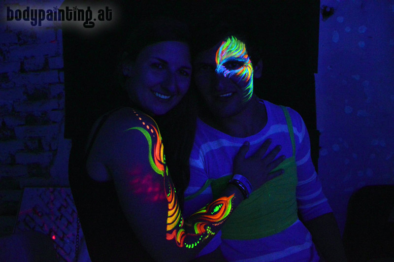 uv-bodypainting_neonparty_019