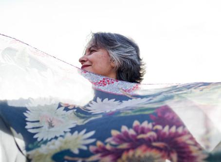 Ana Miranda: romance de aventuras para ilustrar a poesia brasileira