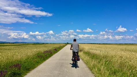 R10 Cycling Trail