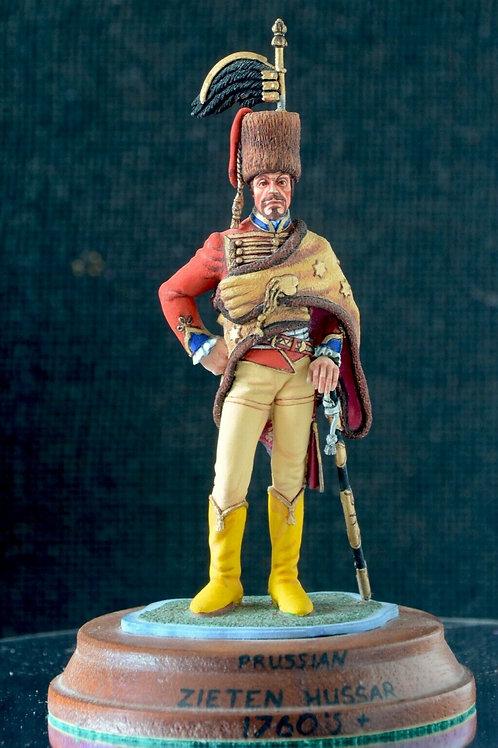 Leib-Husaren Regt No.2 (Von Zieten) Prussia 17 figurine hand-painted