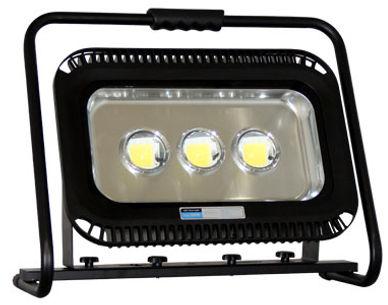 LED-Scheinwerfer_Ekstroem100.jpg