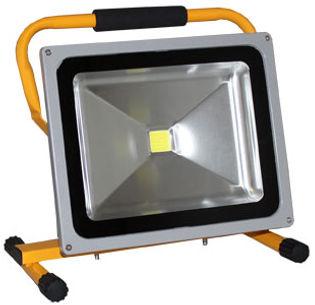LED-Scheinwerfer_Ekstroem50.jpg