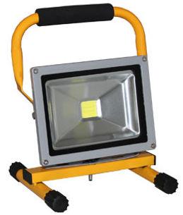 LED-Scheinwerfer_Ekstroem20.jpg