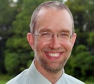 Simon Holzapfel.png
