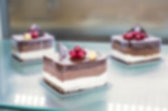 baked-goods-berries-blur-960540.jpg