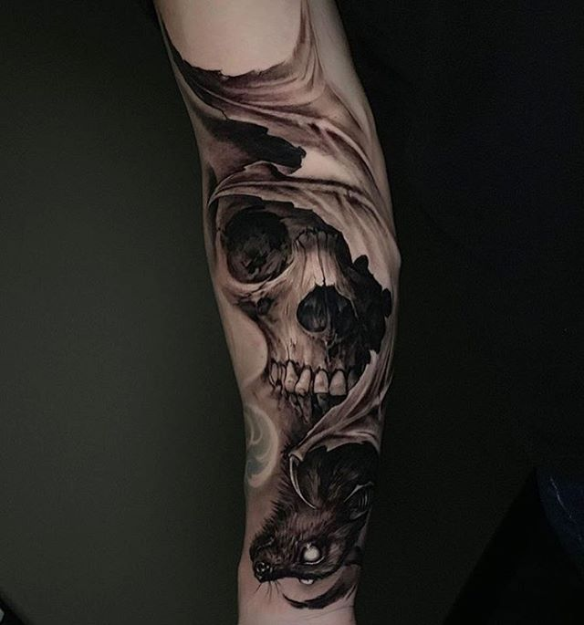 Love this bat and skull combination done