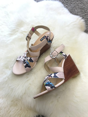 EVE Leather Wedges