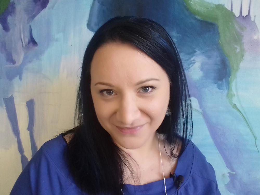 Jana Cardová, Od tvořílka k umělci