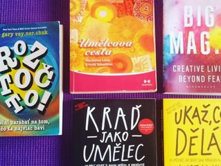 Super knihy na letní cesty
