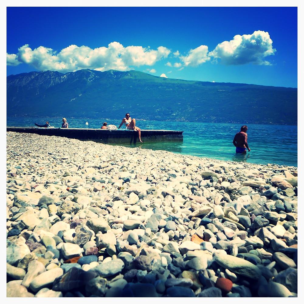 Mini pláž Gargnano