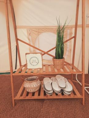 עיצוב מתחם אוהלי אירוח בסגנון בוהו שיק07