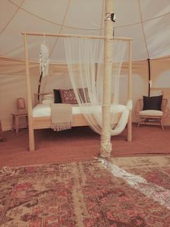 עיצוב מתחם אוהלי אירוח בסגנון בוהו שיק06