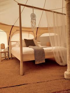 12עיצוב מתחם אוהלי אירוח בסגנון בוהו שיק