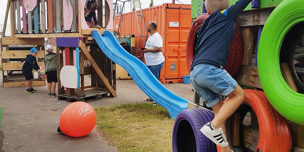 Blandat Material och Kartong Spela -Upcycled Playspace at Pixla Piren