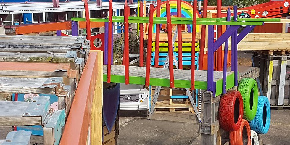 Blandat Material och Kartong Spela -Upcycled Playspace at Pixla Piren (1)