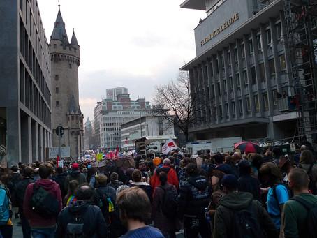 Tyskland: Korona-protester og konspirasjonsteorier