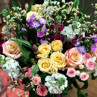 bouquet de fleurs coloree
