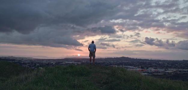 Mark_Graham_overlooking_Auckland.jpg