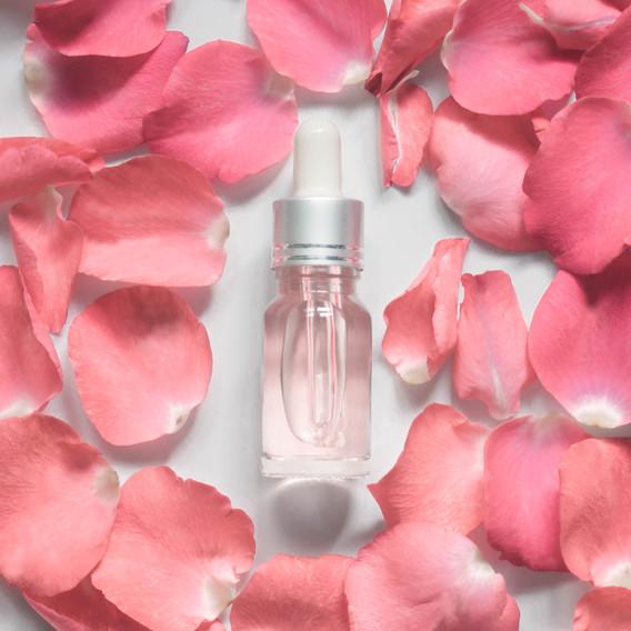 Homemade skincare natural rose water_ess