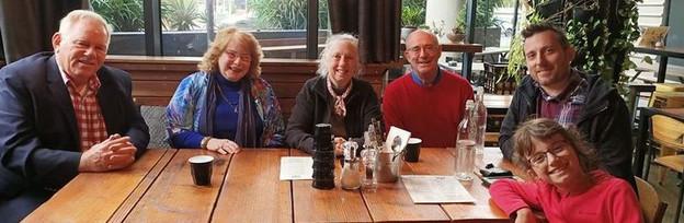 Bill Elliott and Joan Jones with Susan and Harold Abanor from New York, Luke Isham & his daughter in Melbourne