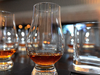 American Whiskey sails to Australian shores