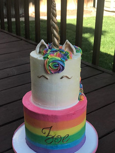 Rainbow unicorn cake #2! #thehappycaker