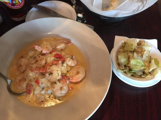 shrimp-and-grits-with