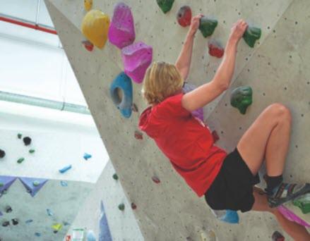 Wie funktioniert das Bouldern in der Halle?