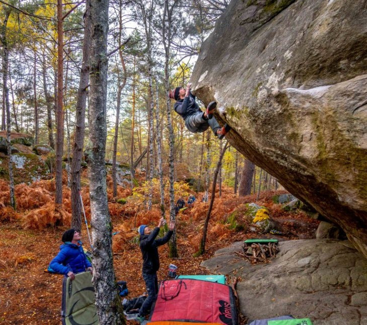 Bouldern im Plan de l'Aiguille, Chamonix. Foto mit freundlicher Genehmigung von Kivik François.