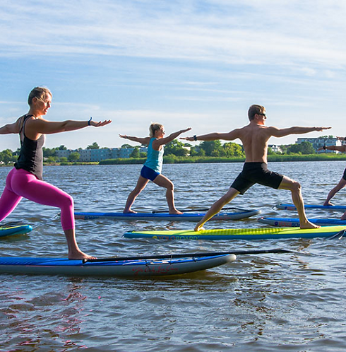 SUP YOGA (stand up paddle board)