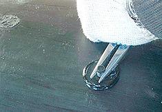 Технология изоляции стыка труб ППУ с помощью электросварных муфт. Заливочные отверстия завариваются П/Э пробками