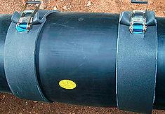 Технология изоляции стыка труб ППУ с помощью электросварных муфт. Края муфты укрываются термоматами.