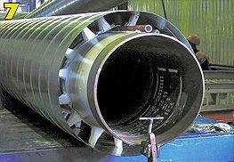 на трубу устанавливается гидрозащитная оболочка