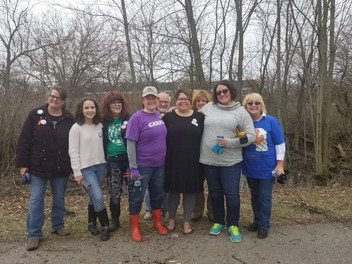 Amanda and Southwest Suburban Activists at Frankfort's Earth Day cleanup day