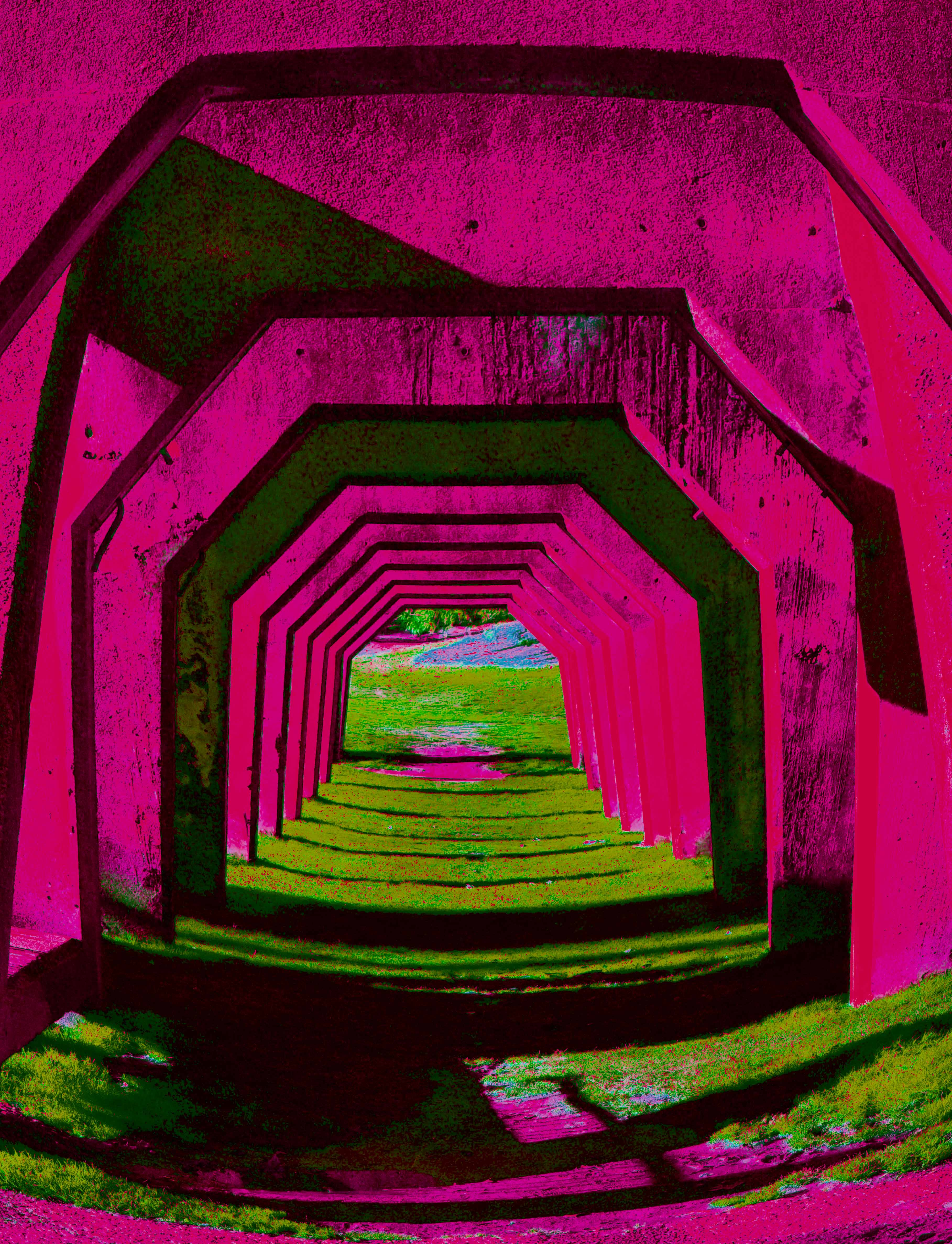 Gasworks_tunnel_psychadelic(pink*gre