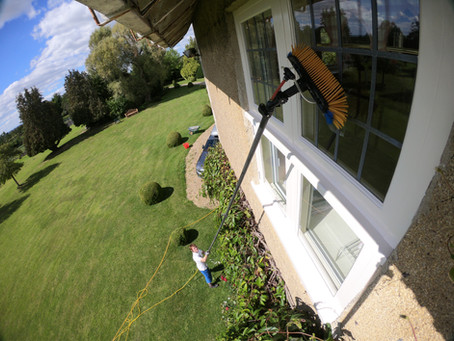 Window Cleaning in Milbourne