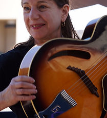 Carol Eder, guitarist and Childbloom SLAFG instructor