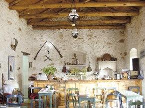 Taverna in Gavalohori (100m)