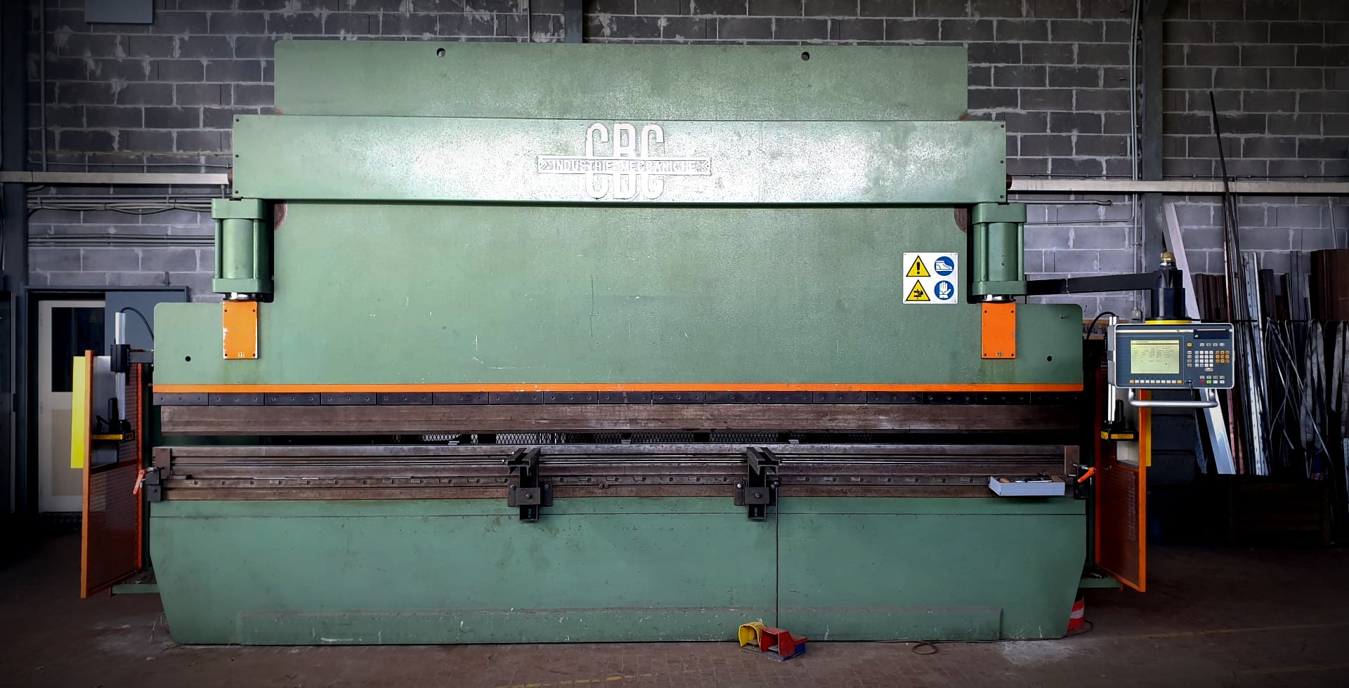 Pressa Piegatrice Idraulica m/m 5000 X 130 Tonnellate