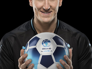 Brendan Cole joins Soccer Aid World XI