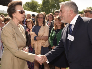 Princess Anne Receives Hollywood Handshake at DoE Awards