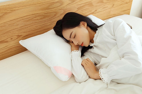 Okioki Hyaluronic Infused Beauty Pillow