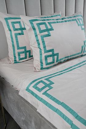 Комплект постельного белья Мелита с премиальной отделкой «греческий узор»