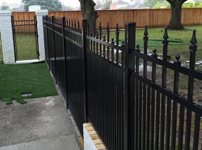 Diamond Special Aluminum Fence