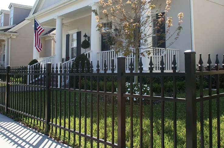 Aluminum Picket Fence With Picket Caps