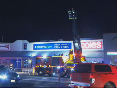 Tradesman electrocuted on Adelaide shopping centre roof