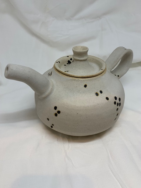 speckled teapot