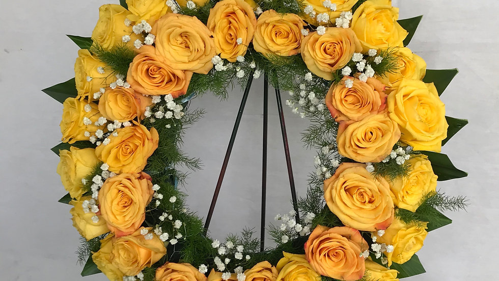 "18""Exotic Round Wreath"